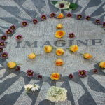 Strawberry Fields, Imagine, na počest zavražděného Johna Lennona